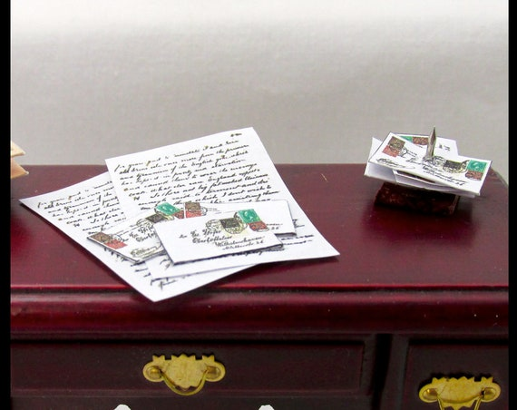 DESK MAIL LETTERS Dollhouse Miniature 1:12 Scale Envelope Post Mail Set Office Business Bill Spike