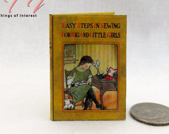 EASY SEWING Book in 1:6 Scale Illustrated Readable Miniature Book Craft Stitches Needle and Thread Blythe Momoko Pullip Barbie Play Scale