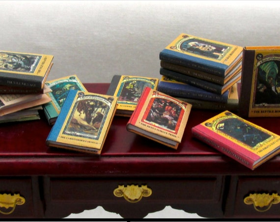 "A SERIES Of UNFORTUNATE Events Set of 13 Miniature Dollhouse Books 1:12 Scale Books 1"" Scale #miniaturebooks Children's Story Books"