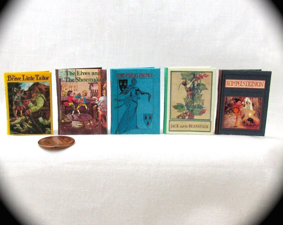 1:6 Scale CLASSIC FAIRY TALES Set of 5 Books Readable Illustrated Frog Prince Jack Beanstalk Elves Shoemaker for Barbie Monster High Blythe