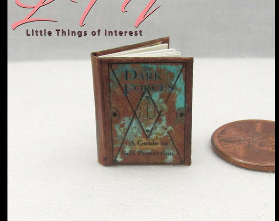 DARK FORCES Self Protection Guide Magic Textbook Miniature Dollhouse 1:12 Scale Illustrated Readable Wizard Potter Unforgivable Curses