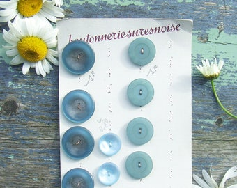 Vintage French Buttons 11 Teal Blue on Card Boutonnerie Suresnoise, Blue Buttons three types
