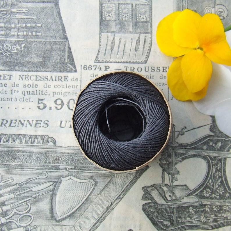 Vintage French Linen Thread Bobbin Capsule Au Chinois PH Vrau a Lille Lin Charcoal Grey 50m x size 60  NOS
