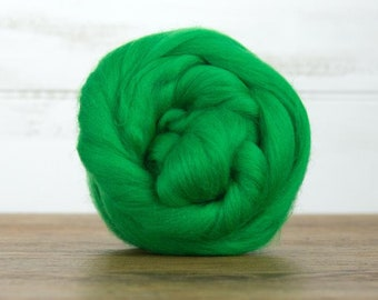 Emerald Merino Wool Top Fiber For Spinning Felting Weaving or Blending Board for Rolags