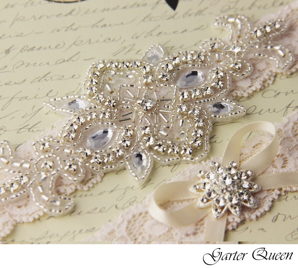 Ivory Garters Wedding: Wedding Garter Set Ivory Lace Bridal Garter Set Lace