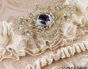 Wedding garter set, Ivory Lace Garter Set, Ivory Bridal Garter Set, Rhinestone Garter, Ivory Lace Bridal Garter, Personalized Garters