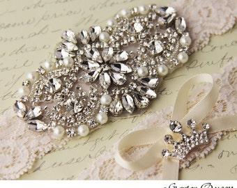 Wedding Garter Set, Ivory Bridal Garter Set, Ivory Lace Garter, Lace Wedding Garter, Ivory Garter Set, Personalized Garter