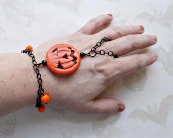 Halloween Finger Ring Bracelet - Jack o Lantern Belly Dancer Bracelet - Hand Flower - Hath Panja Bracelet - Harem Bracelet - Slave Bracelet