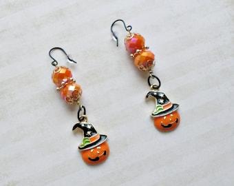 Jack o Lantern with Witch Hat Earrings - Pumpkin Earrings - Halloween Jewelry - Autumn Earrings