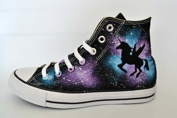 Unicorn Converse, Suole Bianche, Converse Personalizzato, Conversadipinto, Galaxy Converse, Scarpe Unicorno, Unicorn Ali, Unicorn Oscuro