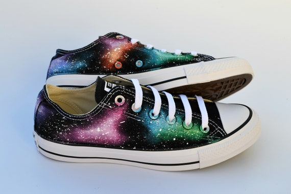 Rainbow Galaxy Low Tops, Galaxy Shoes, Black Hole, Custom Sneakers, Astronomy Gift, Starry Sky Converse, Prom Schuhe, Hochzeitsschuhe