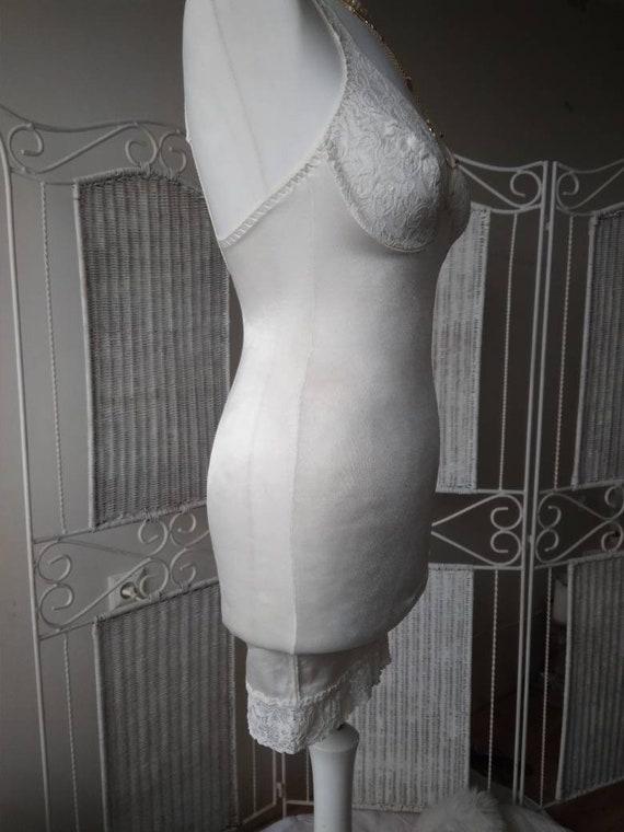 Vintage White Exclusive Honeymoon Bra Wedding Bodysuit Burlesque Lace S Size Shaping 34B Cups Slip Pencil Underwire Bodywear Body Dress rw1qEr