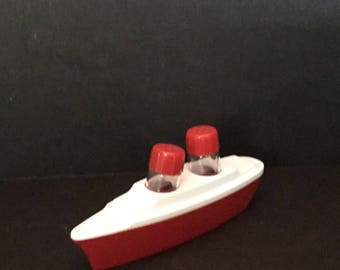 Vintage Red Boat Shakers