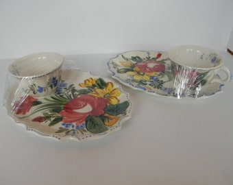 Pair of Snack Trays Hand Painted Italy