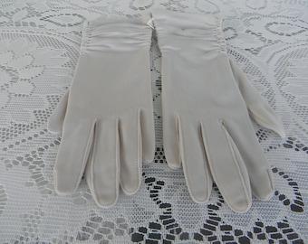 Vintage Brand New Gloves