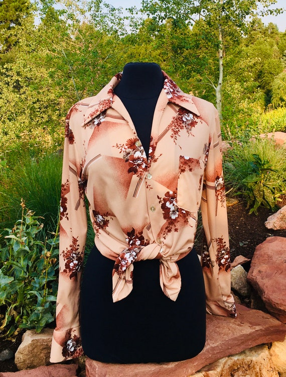 Vintage 70's Blouse, Butterfly Collar, Floral Geom