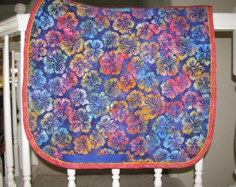 Custom Quilted English Saddle Dressae pad, Heavenly Hibiscus, handmade by Pegasusthreads.