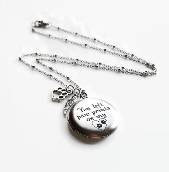 JQFEN Pet Memorial Gift You Left Paw Prints On My Heart Necklace for Pet Lover Remembrance Jewelry Loss of Dog Gift