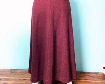 """Vintage Dalton Pure Virgin Wool Skirt Size 10 Plum Mauve color (waist 31""""  Length 29.5"""")"""