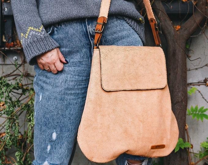 Caramel Bag, Cream Tote Bag, Cream Leather Bag, Handmade Bag, CamelLeather Shoulder Bag, Perfect size shoulder bag, Fashion Bag