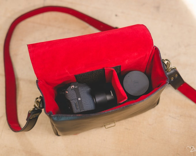 Camera Bag, Luxury camera Photographer Bag ,Hedgehog fasten Self Compartmenting Bag, Camera Bag, Photographer bag, Canon Mark,