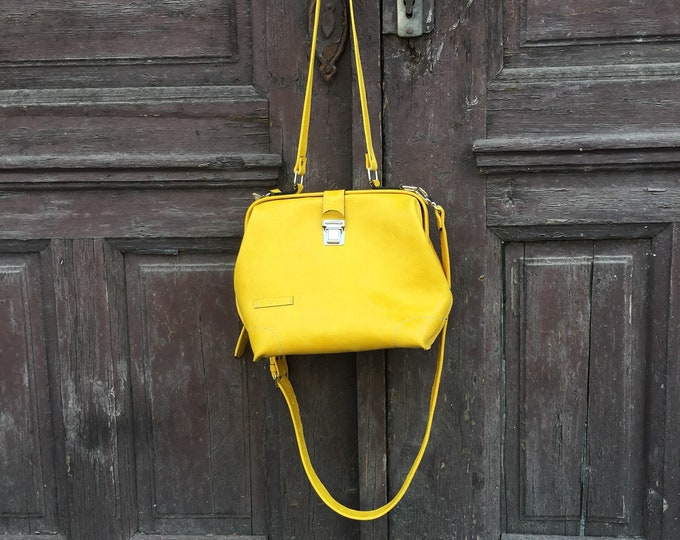 Leather doctor bag, Metal framed doctor bag, Yellow Bag, Yellow Leather Bag, Yellow doctor bag, Mary Poppins Bag, FREE SHIPPING