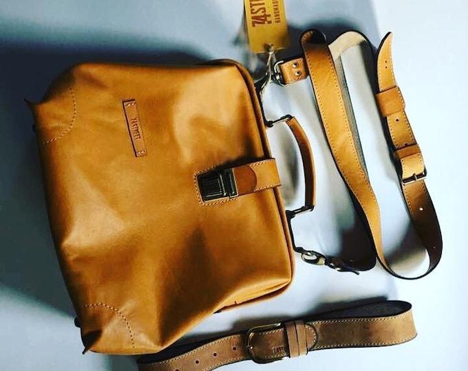 Luxury Leather Bag, Medical Bag, Leather Bags, Top Handle bag, Leather Doctor bag, Leather Bag, Metal frame Bag, Mary Poppins Bag, Unisex