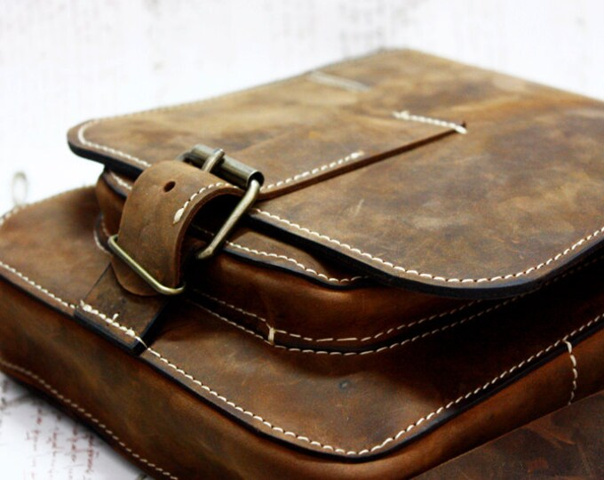 iPad Leather Bag, Ipad Genuine Leather Bag, Best Men Groom Gift, Wedding present,Crossbody IPad Bag,Handmade Leather IPad Bag