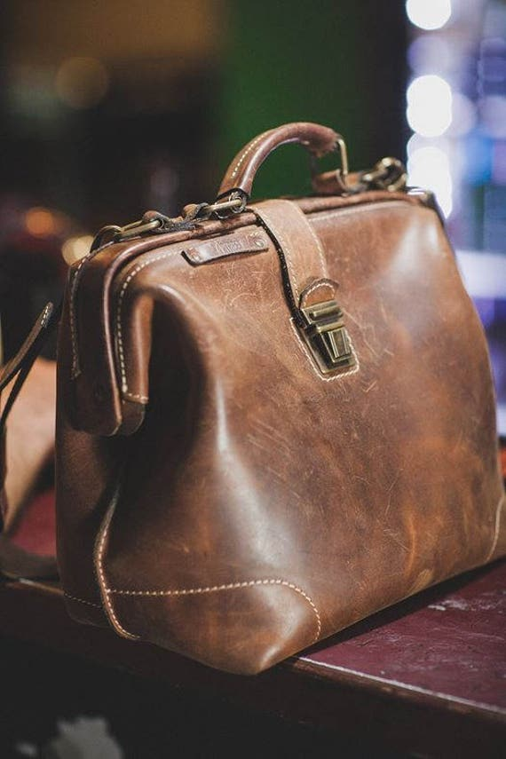 Gladstone Bag, Luxury Leather Bag, Doctor Bag, Leather Bags, Top Handle bag, Leather Doctor bag, Leather Messenger Bag, Mary Poppins Bag
