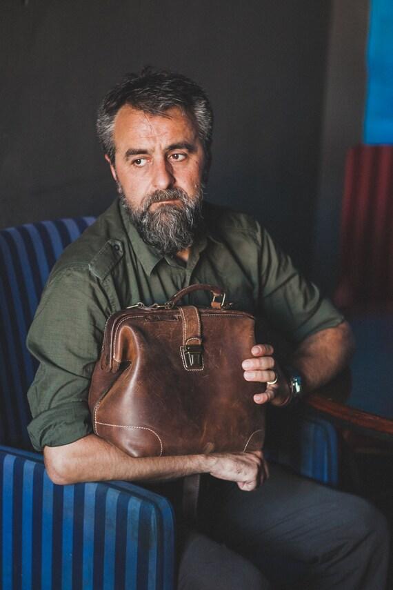 Unisex Doctor bag, Top Handel Bag, Metal Frame Bag, Doctor Bag, Leather Bag, Mary Poppins Bag with zippered pocket inside
