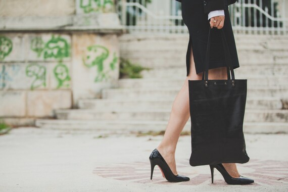 Black Leather Tote Bag, Luxury Black Minimal Full Grain Leather Bag, Business Tote Bag, Office Bag, Shoulder bag, Tote Bag,