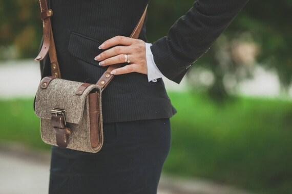Handmade Felt and Genuine Leather Bag, Crossbody Bag, Gift, Bithday gift unisex, Felt bag
