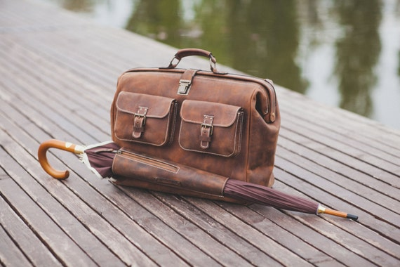 Leather Doctor bag, Metal framed Doctor Bag, Travel Bag, Weekender Bag, overnight Bag, Man Briefcase Top Handle, Mary Poppins Bag