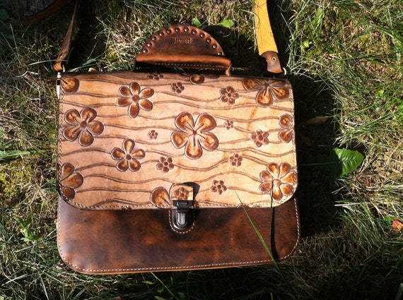 Leather Briefcase, Leather Bag, Leather Messenger Bag, Woman Briefcase, Full Grain leather Bag, Woman Purse, Woman Office Bag