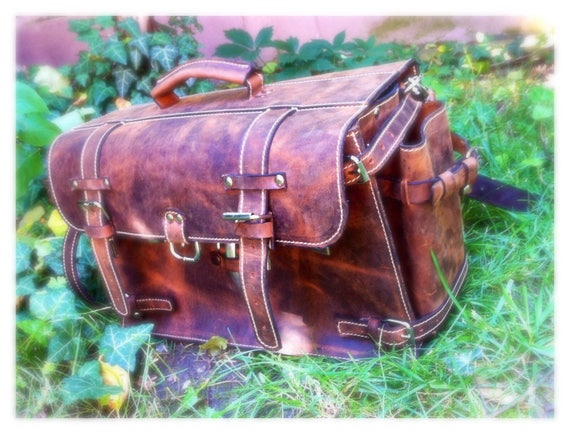 17 inches laptop 3 access in briefcase, Complex organizer Bag, Messenger Bag, Doctor bag, Multi compartmented bag, Organiser