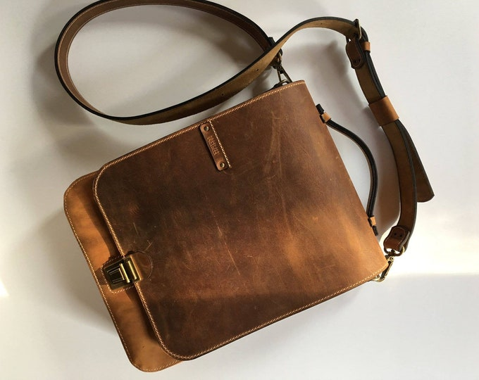 Laptop Vertical messenger bag double compartmented, Smart-casual office bag, bag for man, gift for him,  handmade bag, LIFETIME BAG