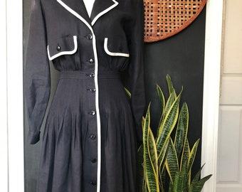 62ecd08a86db4 Valentino Vintage Navy   White Nautical dress