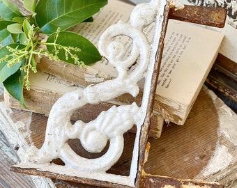 Antique Cast Iron Metal Bracket White Chippy Paint Porch Architectural Salvage Farmhouse Decor Trim