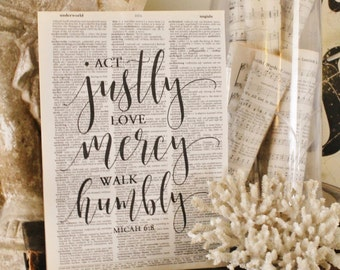 Act Justly Love Mercy Walk Humbly Sign Vintage Dictionary Art Print Book Page Bible Wall Sign Farmhouse Decor Wedding Scripture