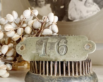 Antique Brass Number 16 Sign House Room Plate Locker Cow Tag Farmhouse French Country Chic Industrial Salvage Decor Jewlery Parts