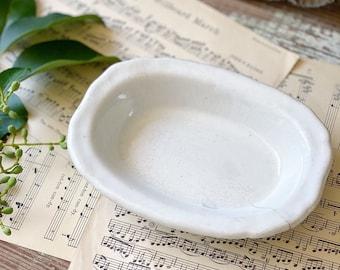Antique GRUNGY White Ironstone Soap Dish Oval Scallop Alfred MEAKIN Rectangle Farmhouse Decor England