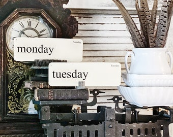 DAYS of the Week Flash Cards LARGE Vintage Inspired Flashcard SET of 8 Farmhouse Decor Cottage Party Favor Banner