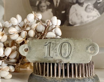 Antique Brass Number 10 Sign House Room Plate Locker Cow Tag Farmhouse French Country Chic Industrial Salvage Decor Jewlery Parts
