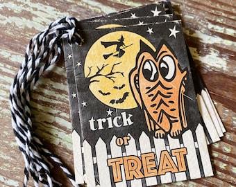 HALLOWEEN TRICK or TREAT Retro Gift Tags Vintage Orange Pumpkin Farmhouse Decor Grungy Party Favor Vintage Halloween Card Tag Owl Witch