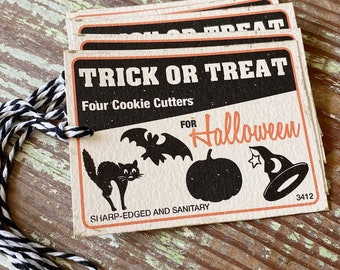 HALLOWEEN Trick or Treat COOKIE CUTTER Retro Gift Tags Vintage Orange Farmhouse Decor Grungy Party Favor Vintage Halloween Card
