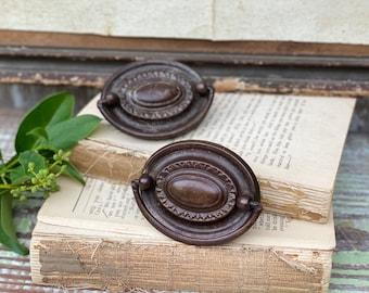 Antique Drawer Pulls Metal  Ornate Farmhouse Decor  Set of 2 EASTLAKE
