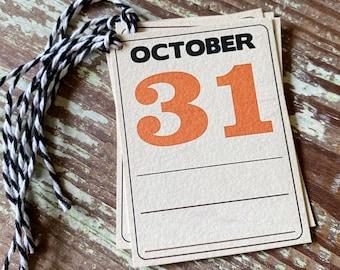 HALLOWEEN OCTOBER 31st Retro Gift Tags Vintage Orange Farmhouse Decor Grungy Party Favor Vintage Halloween Card Ledger
