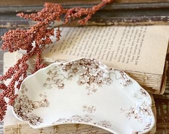 Antique White Ironstone BROWN Transferware Bone Dish Soap Dish Scalloped Farmhouse Decor ALFRED MEAKIN Kenwood England