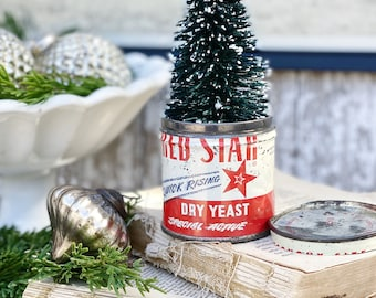 Vintage RED STAR Dry Yeast Tin Can Red White Blue Farmhouse Decor Industrial Salvage AMERICANA Christmas Decor Baking