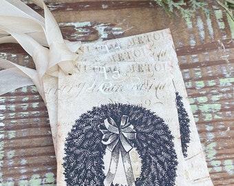 Christmas Vintage Gift Tags WREATH GREEN Farmhouse Christmas Decor Card French Shabby Gift Wrap